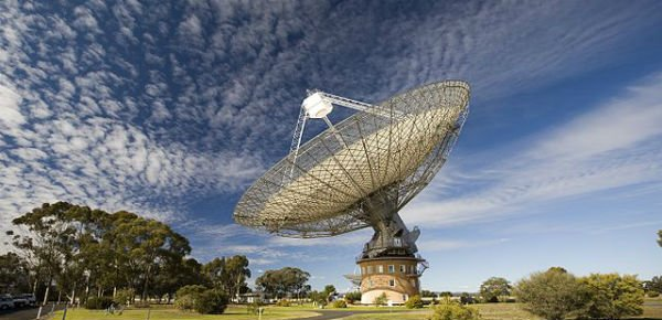 https://tved-prod.adobecqms.net/http://i.muyinteresante.com.mx/dam/espacio/15/01/CSIRO_ScienceImage_7247_The_Radio_Telescope_at_Parkes.jpg.imgo.jpg