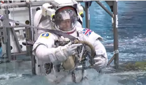 https://tved-prod.adobecqms.net/http://i.muyinteresante.com.mx/dam/junior/videos/15/07/Tim_Peake.jpg.imgo.jpg