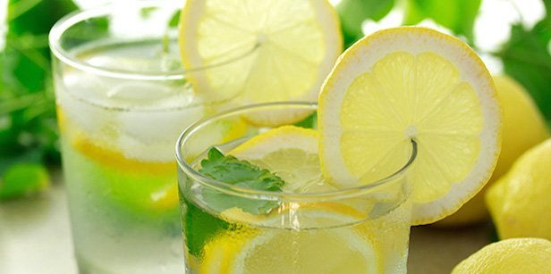 https://dam.tbg.com.mx/http://i.muyinteresante.com.mx/dam/salud/16/07/6/15-Benefits-of-Drinking-Lemon-Water.jpg.imgo.jpg
