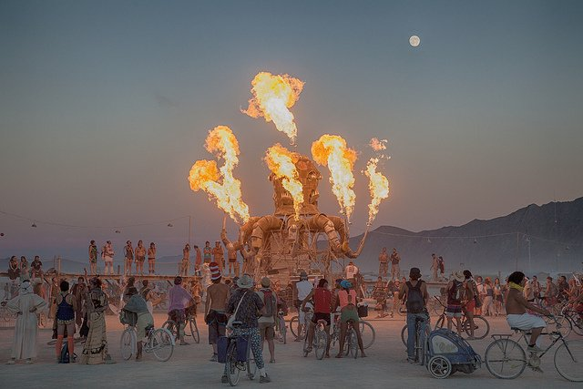 https://dam.tbg.com.mx/http://i.muyinteresante.com.mx/dam/video/16/09/9/burning-man.jpg.imgo.jpg