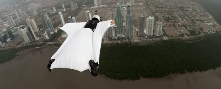 https://tved-prod.adobecqms.net/http://i.muyinteresante.com.mx/dam/video/16/01/18/wingsuit.png/jcr:content/renditions/original